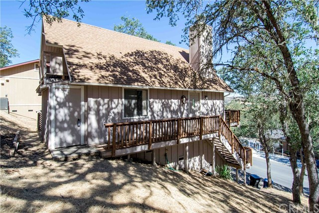 2752 Oak Shores Drive, Bradley, CA 93426