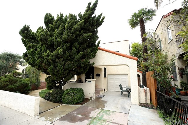 Duplex for Sale at 179 Saint Joseph Avenue 179 Saint Joseph Avenue Long Beach, California 90803 United States