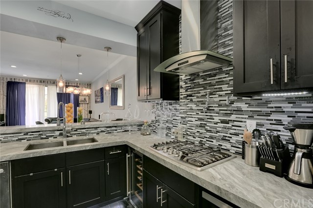 555 Maine Avenue 121 Long Beach, CA 90802 is listed for sale as MLS Listing PW17273606