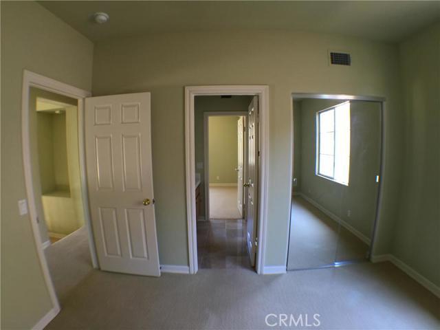 46 Kempton Lane, Ladera Ranch CA: http://media.crmls.org/medias/150f1fe7-8daf-4f3c-bbce-62cb2c64ee84.jpg