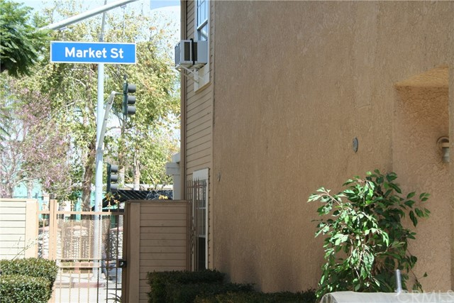 40 E Market St, Long Beach, CA 90805 Photo 20