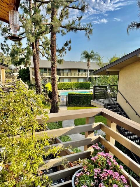 1410 W Lambert Rd, La Habra CA: http://media.crmls.org/medias/15228f3c-4730-4f19-8084-978de0ff3804.jpg