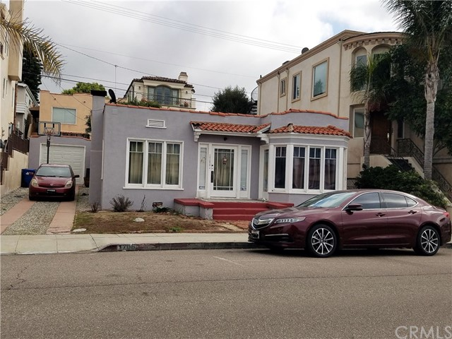 Single Family Home for Sale at 1706 Manhattan Avenue 1706 Manhattan Avenue Hermosa Beach, California 90254 United States