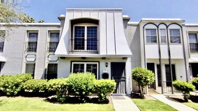 Photo of 22151 Oxnard Street, Woodland Hills, CA 91367