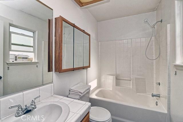10045 Ladera Avenue Lucerne Valley, CA 92356 - MLS #: IV18185438