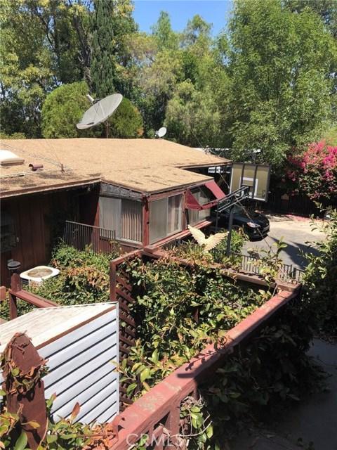 16733 Oak View Drive, Encino CA: http://media.crmls.org/medias/1541eb44-874e-4fa6-a437-de41ba3b640d.jpg