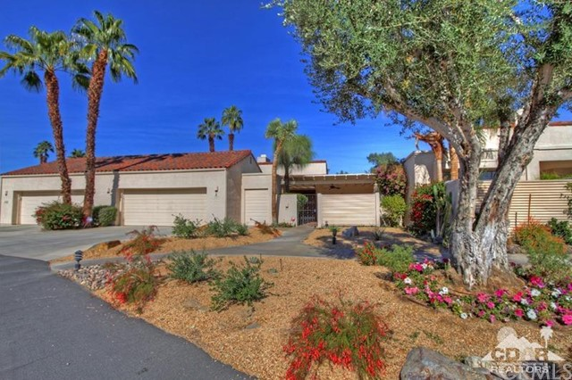 817 Inverness Drive Rancho Mirage, CA 92270 is listed for sale as MLS Listing 215034458DA