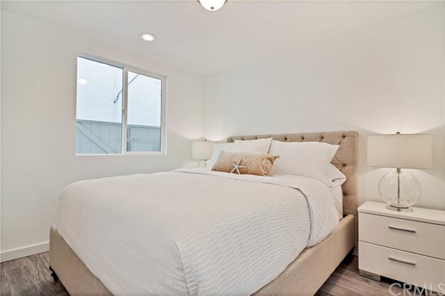 124 Agate Avenue Newport Beach, CA 92662 - MLS #: OC17203056