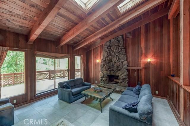 15555 Nopel Avenue, Forest Ranch CA: http://media.crmls.org/medias/15550739-997b-45f3-9e9e-33ba512711e4.jpg