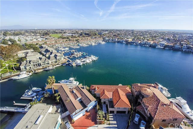 16412  Ardsley Circle, Huntington Harbor, California