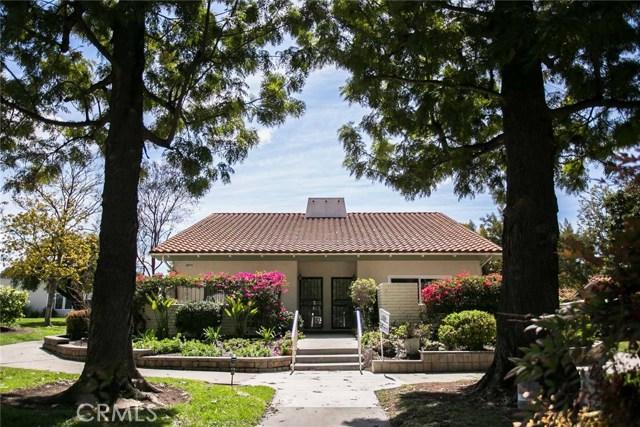 2073 Ronda Granada, Laguna Woods CA: http://media.crmls.org/medias/1560d830-8885-4222-88d5-ae4027628b99.jpg