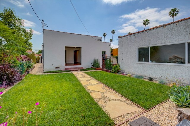 3547 West Boulevard, Los Angeles CA: http://media.crmls.org/medias/15644488-40c5-4430-8abc-f144dde93de2.jpg