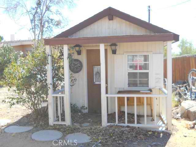 20152 Chickasaw Road,Apple Valley,CA 92307, USA