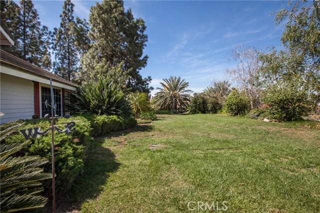 16190 Suttles Drive, Riverside CA: http://media.crmls.org/medias/1567c1c4-5915-459e-85ea-4878ea05bfaf.jpg