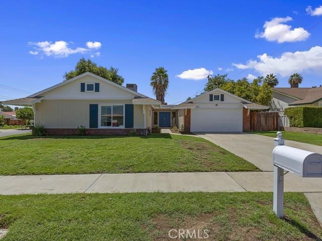 951 E Home Street, Rialto, California