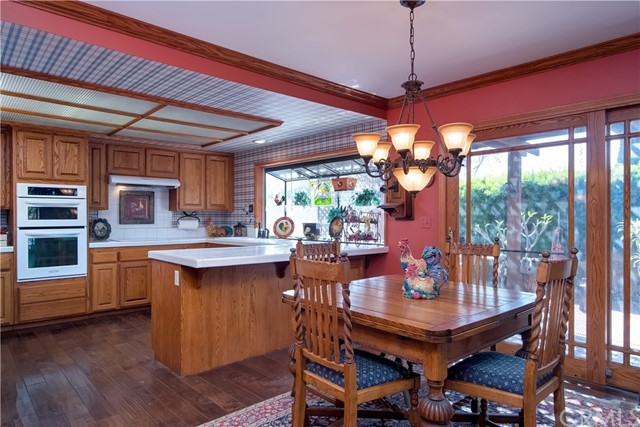 194 N Quail Lane, Orange CA: http://media.crmls.org/medias/1573859d-03cb-421b-951a-34f706fb6aba.jpg