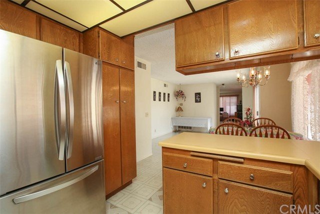 370 Portola Avenue, La Habra CA: http://media.crmls.org/medias/1578be8c-b1e0-4f5d-9666-1f37ac43b5fb.jpg