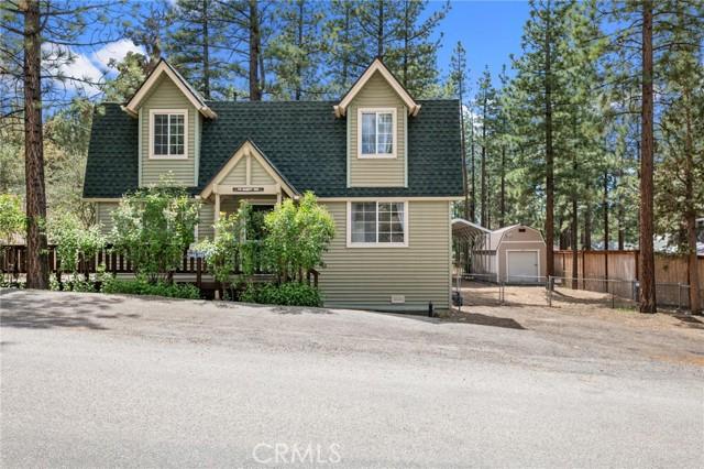 745 Barret Way, Big Bear CA: http://media.crmls.org/medias/157fb9de-a3fd-4454-870a-963b16a0e1a2.jpg