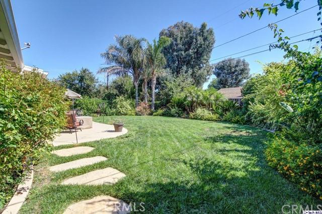 16816 San Jose Street, Granada Hills CA: http://media.crmls.org/medias/1580e748-a85a-4ad1-b5f3-ac36c5638c0d.jpg