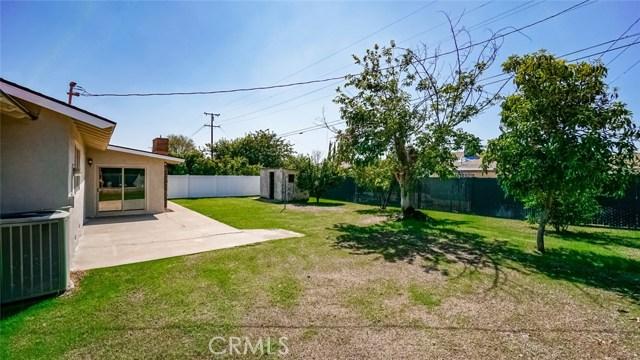 962 N Willow Avenue, Rialto CA: http://media.crmls.org/medias/1580f9f8-2947-4138-aef5-2cf66d8e0cd3.jpg