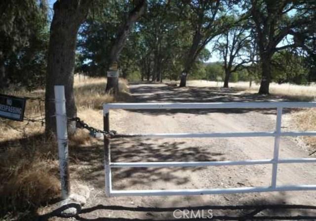 Terreno por un Venta en 18086 Dam Road Clearlake, California 95422 Estados Unidos