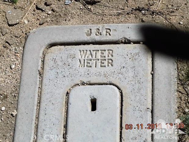 11339 Bald Eagle Lane, Desert Hot Springs CA: http://media.crmls.org/medias/158df8b5-7fa7-40f7-8674-400d47003cfb.jpg