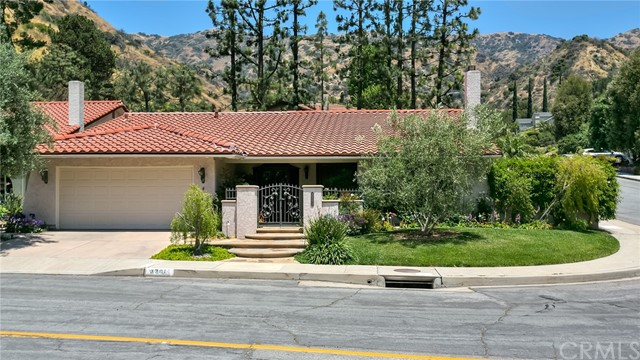3381 N Lamer Street, Burbank, CA 91504
