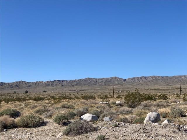 16529 15th Ave, Desert Hot Springs CA: http://media.crmls.org/medias/159ac2d5-7e9c-4b5e-a6dc-a3764c023238.jpg