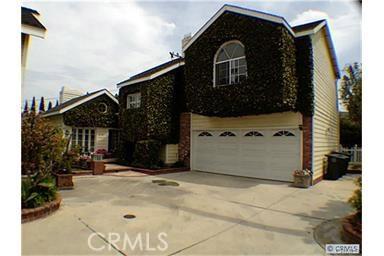 2192 Pacific Avenue C, Costa Mesa, CA 92627