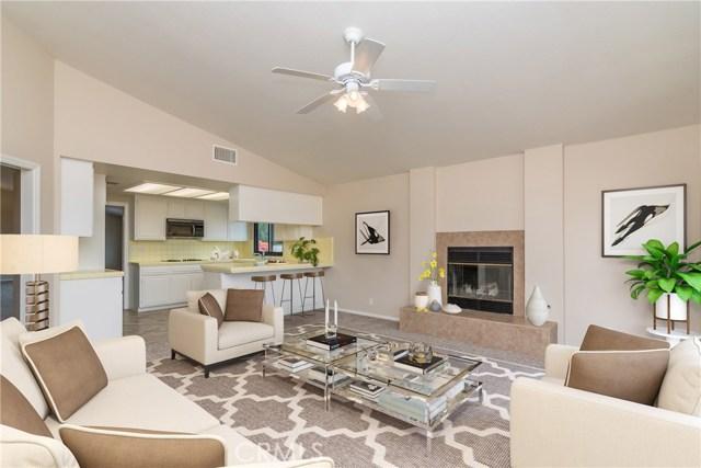 1061 Ridge Heights Drive, Fallbrook CA: http://media.crmls.org/medias/15a90f3a-87d4-4d40-8a69-3f3df229e2b6.jpg