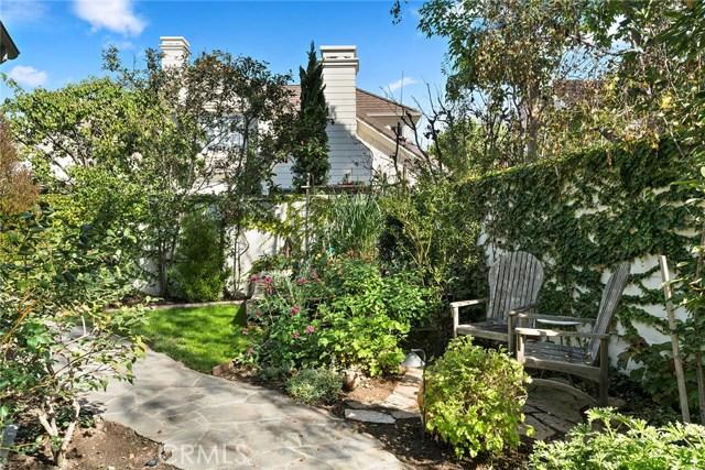 11 Vintage Drive, Newport Beach CA: http://media.crmls.org/medias/15a960bd-0e3b-4474-9e44-6c220d22886c.jpg
