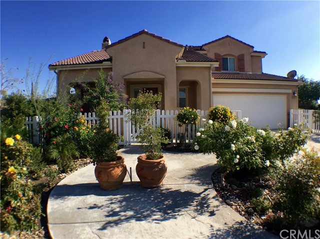 16192 San Jacinto Avenue, Fontana CA 92336
