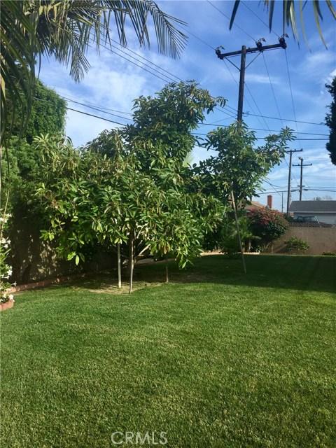 16812 Irby Lane Huntington Beach, CA 92647 - MLS #: OC17165906