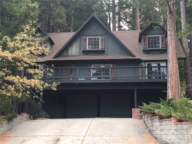 425 Golf Course Way, Lake Arrowhead, CA 92352