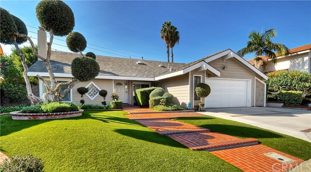 9584 Moss Glen Avenue Fountain Valley, CA 92708 is listed for sale as MLS Listing OC16740624