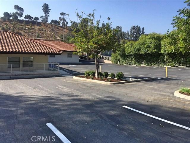 1441 N Brea Boulevard, Fullerton CA: http://media.crmls.org/medias/1609acd9-318b-44b0-bc40-91fb013743f9.jpg