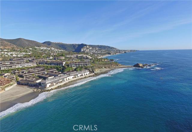 21 BLUE LAGOON, Laguna Beach CA: http://media.crmls.org/medias/160ccc81-5309-4ba0-bb11-2084955b1310.jpg