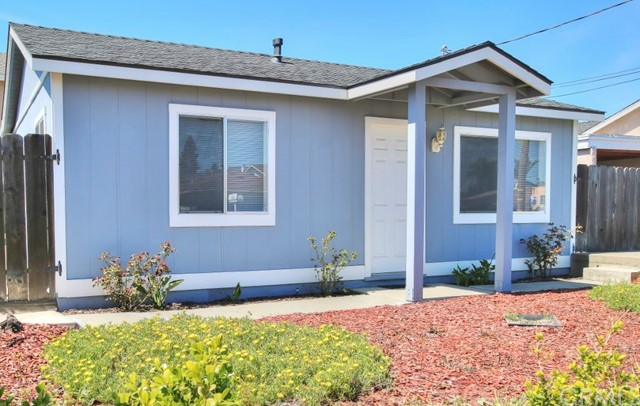 676 S 13th Street, Grover Beach, CA 93433