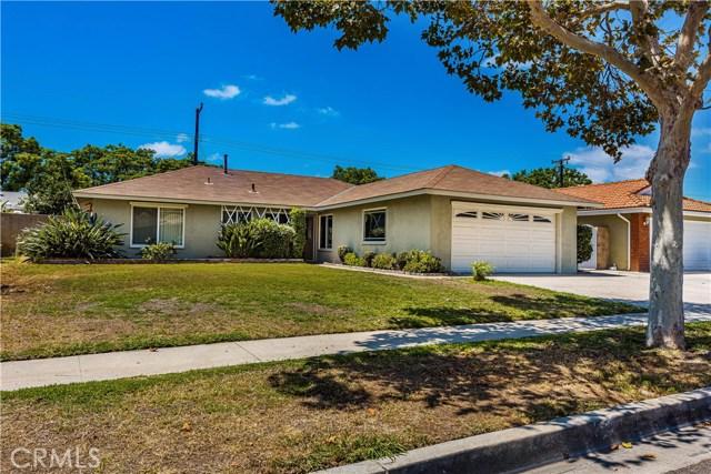 地址: 2910 Highland Street, Santa Ana, CA 92704