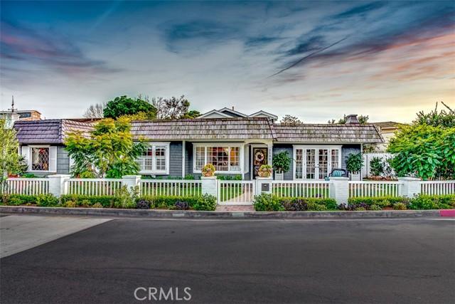 2596 Crestview Drive, Newport Beach, California 92663, 3 Bedrooms Bedrooms, ,3 BathroomsBathrooms,Residential Purchase,For Sale,Crestview,OC21070728