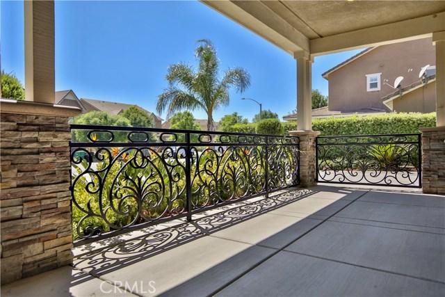 14912 Franklin Lane, Eastvale CA: http://media.crmls.org/medias/16117ca1-d3b9-440d-ba91-464b183053fb.jpg
