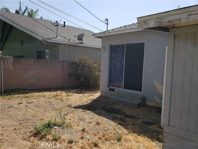11132 Ranger Drive, Los Alamitos CA: http://media.crmls.org/medias/1614354b-bd8f-4b39-8ed1-7332d8298feb.jpg