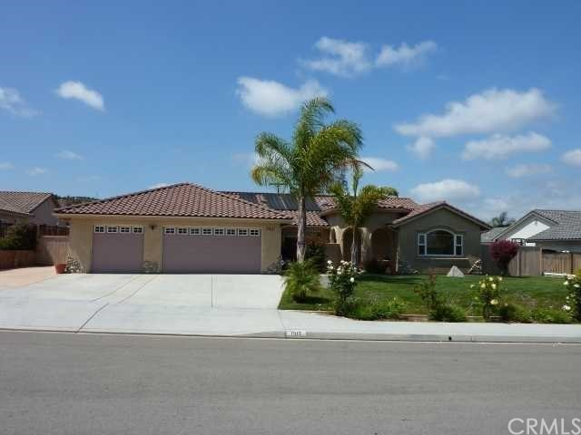 Single Family Home for Sale at 1317 Deerbrook Drive 1317 Deerbrook Drive San Marcos, California 92069 United States