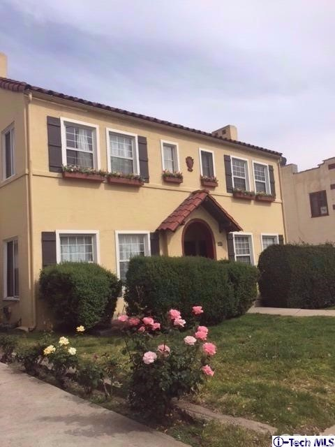 Single Family for Sale at 418 Hill Avenue N Pasadena, California 91106 United States