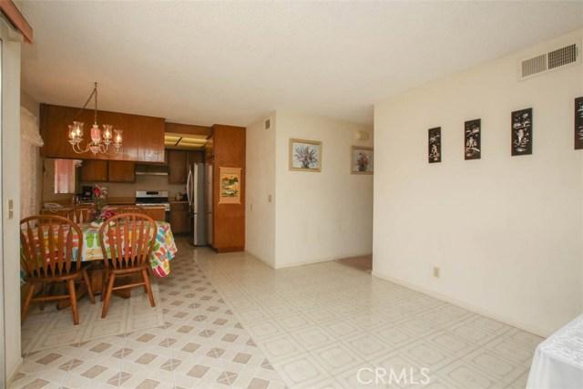 370 Portola Avenue, La Habra CA: http://media.crmls.org/medias/1633556b-dc70-4803-a0ad-957ab780d20e.jpg