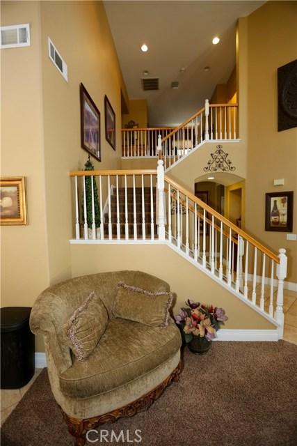 7175 Taggart Place, Rancho Cucamonga CA: http://media.crmls.org/medias/163747bc-f80f-4525-b233-660f643b37bb.jpg