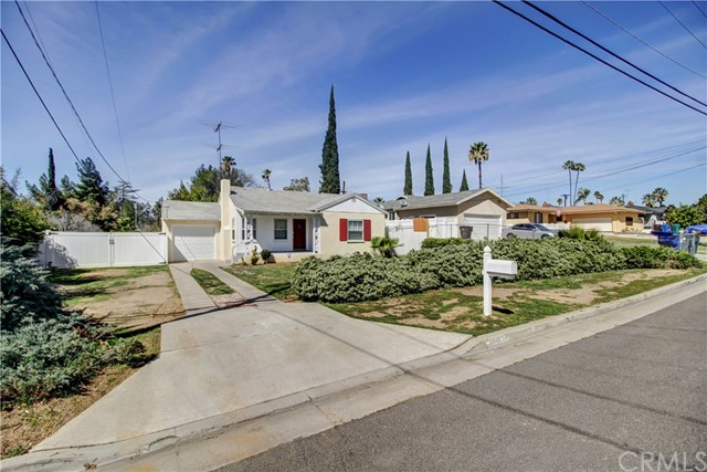 5949 Grand Avenue Riverside, CA 92504 - MLS #: SW18061886