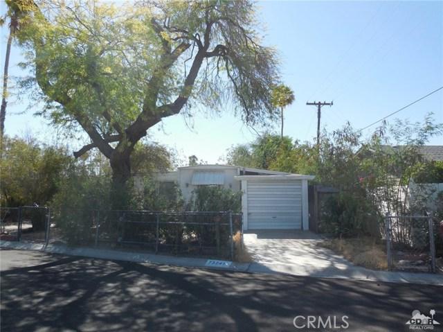 73241 Pine Valley Drive, Thousand Palms CA: http://media.crmls.org/medias/16448d62-b505-43d5-9551-be2b4fe63add.jpg