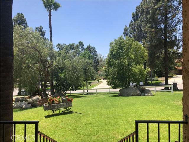 5537 Deer Creek Lane, Rancho Cucamonga CA: http://media.crmls.org/medias/1652ca6c-26fa-48a1-9e81-35f5833f0a0e.jpg