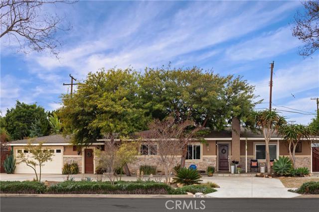 Single Family Home for Sale at 503 Cedar St Brea, California 92821 United States